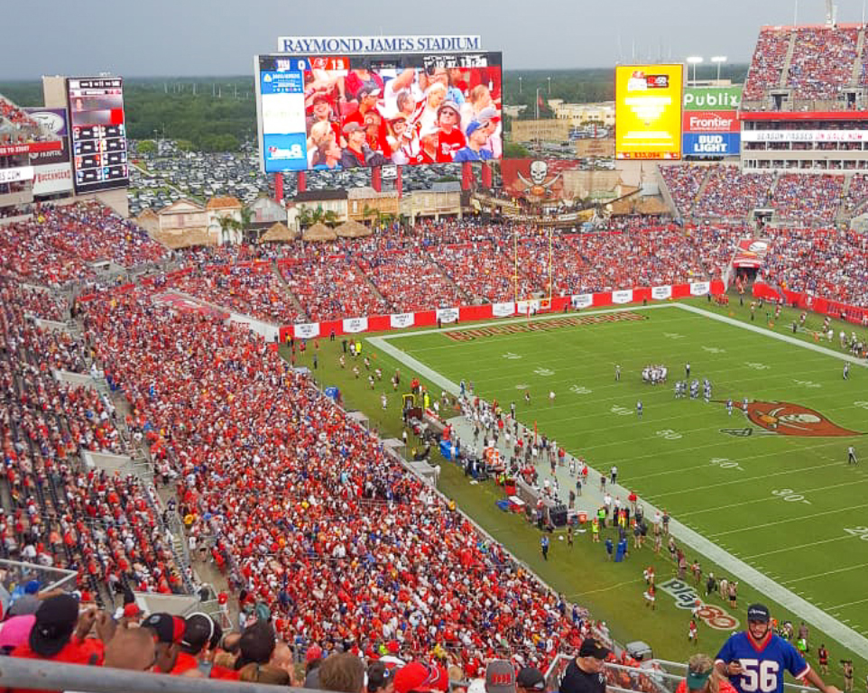 Where do the Tampa Bay Buccaneers play football?