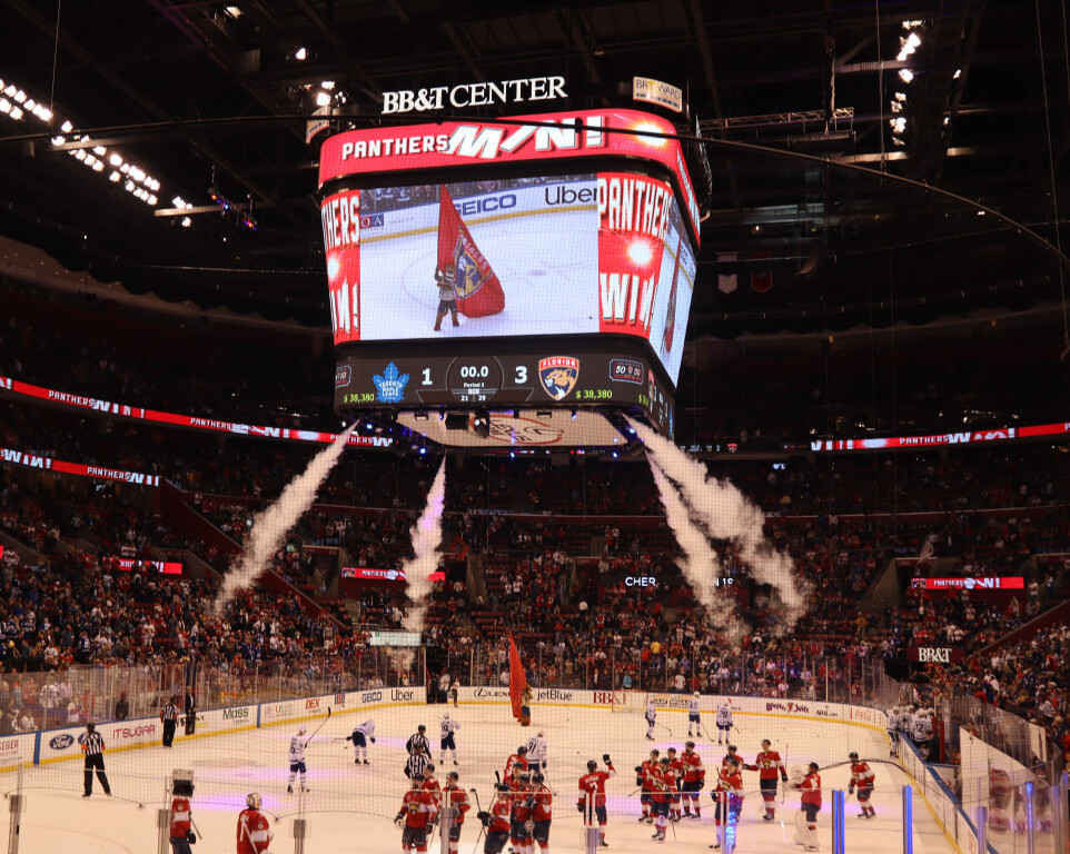Where do the Florida Panthers play hockey?