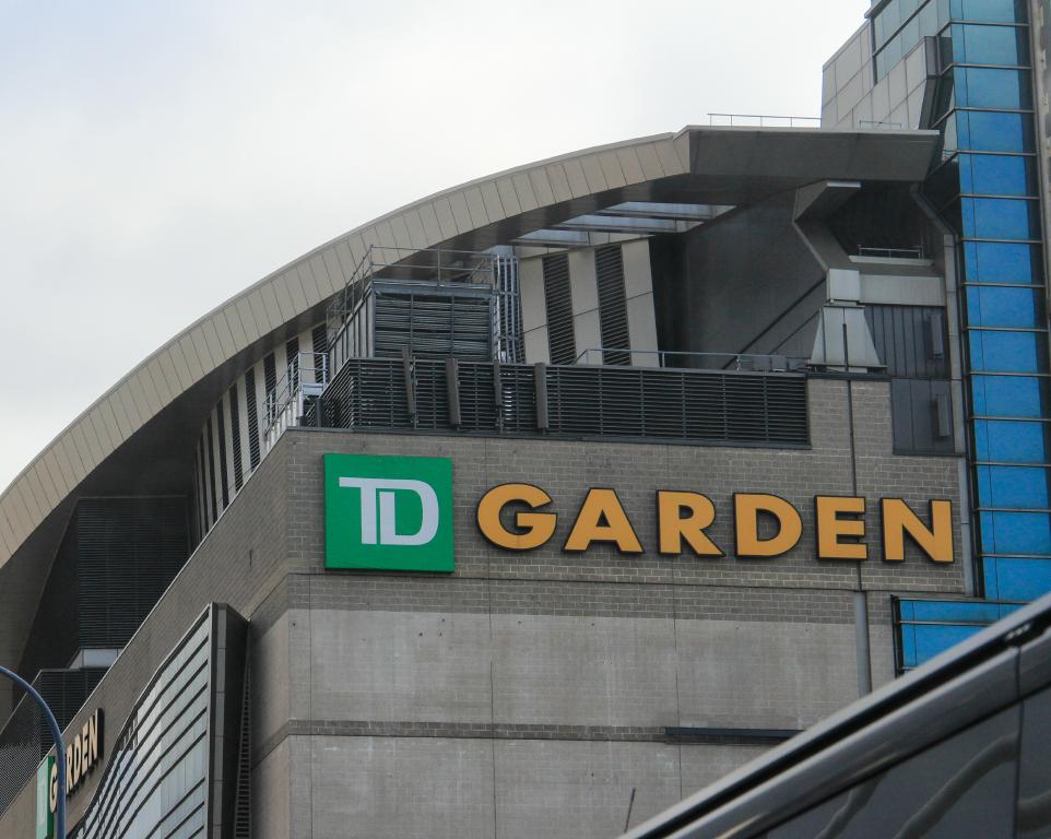 Where do the Boston Celtics play basketball?
