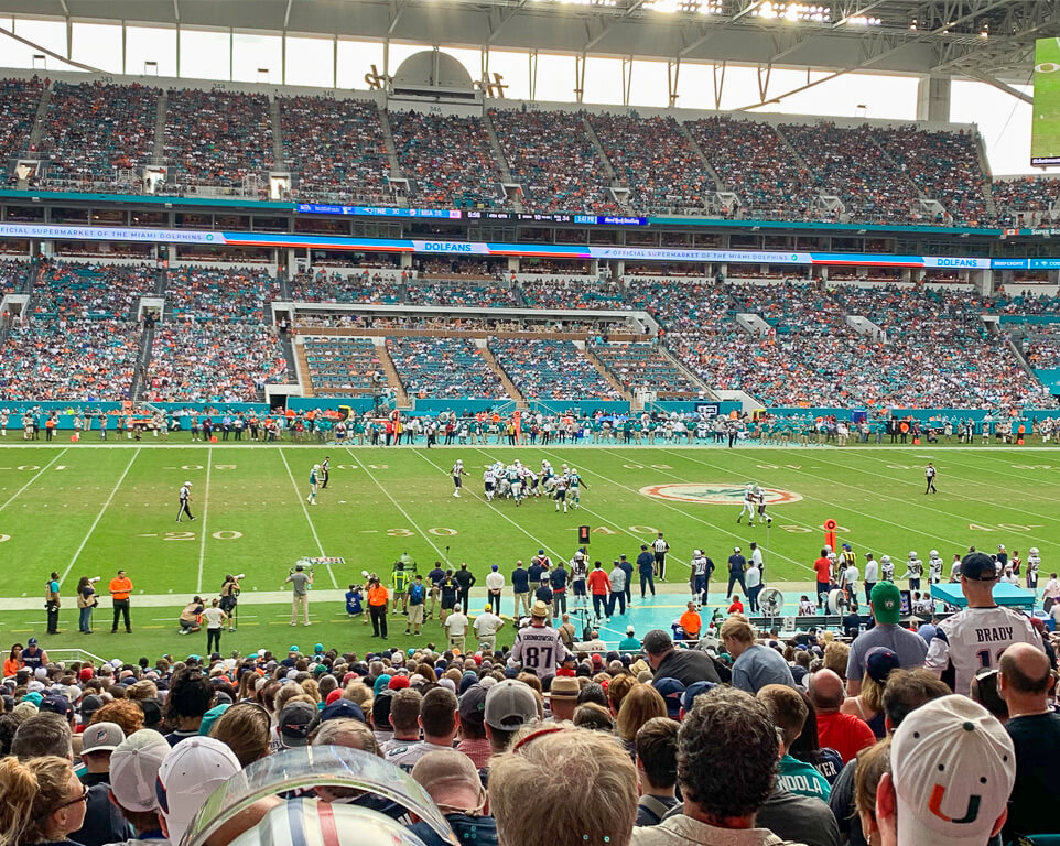 Where do the Miami Dolphins play football?