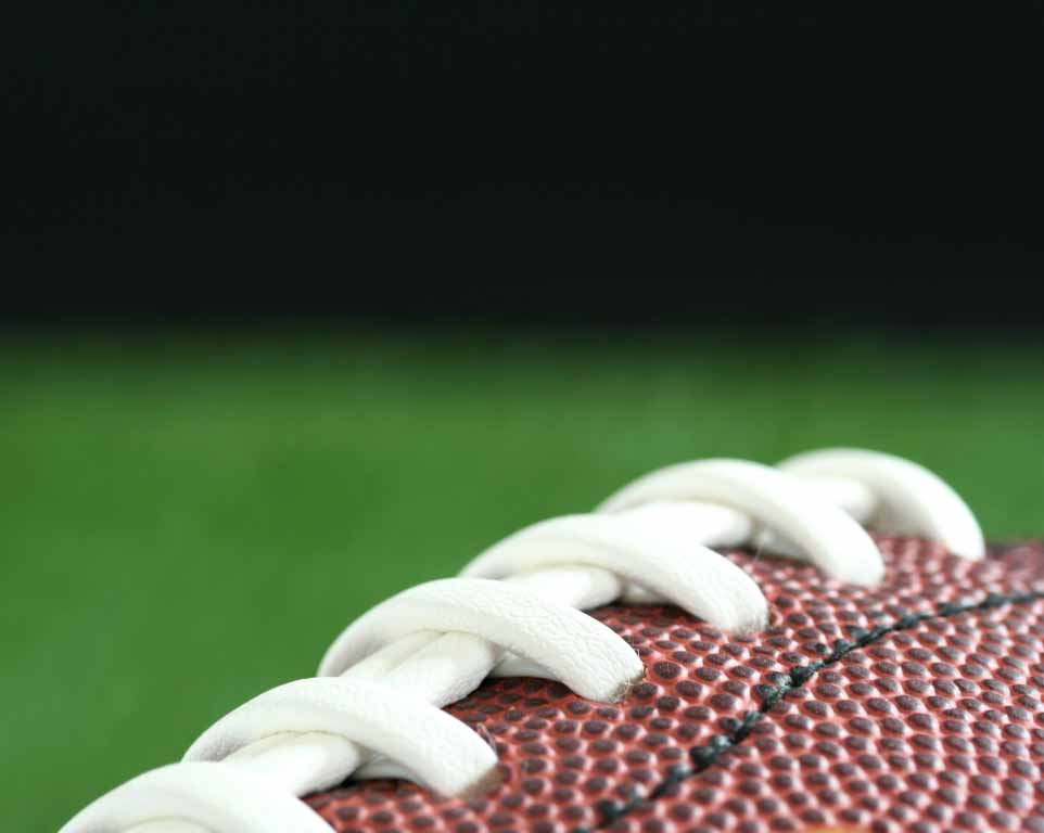 Where do the Los Angeles Rams play football?