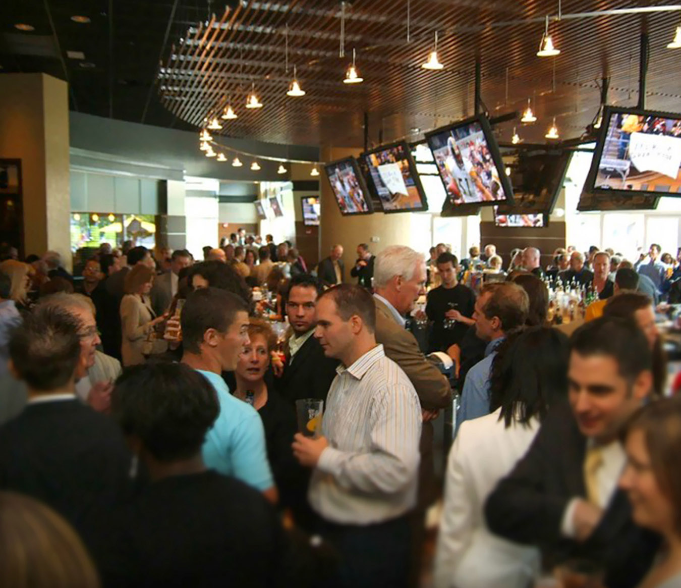 Where To Eat In Pittsburgh - Jerome Bettis' Grille 36