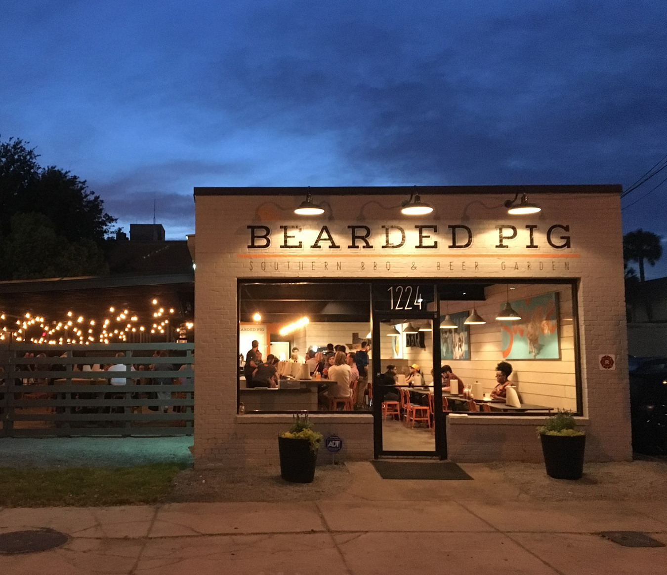Where to Eat In Jacksonville - The Bearded Pig