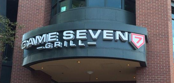 Where to Eat In Phoenix - Game Seven Grill
