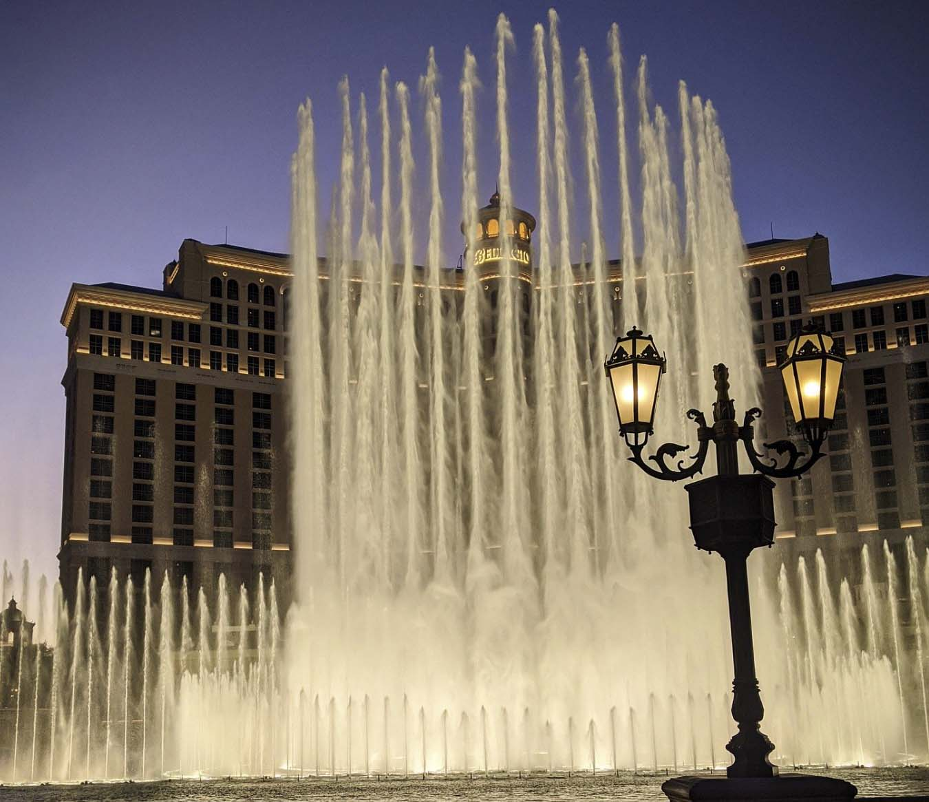 Things to do in Las Vegas - Fountains of Bellagio