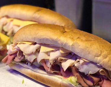 Where to Eat In Sunrise Florida - Louie K's Club Sandwich Shop