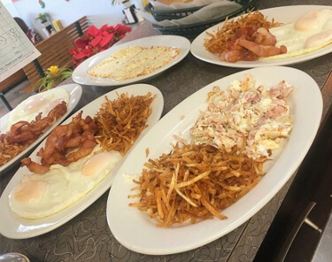 Where to Eat In Miami - El Rey De Las Fritas
