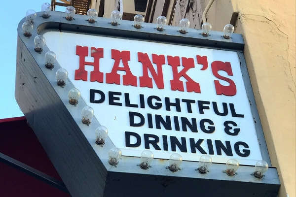 Where to Eat In Los Angeles - Hank's Bar