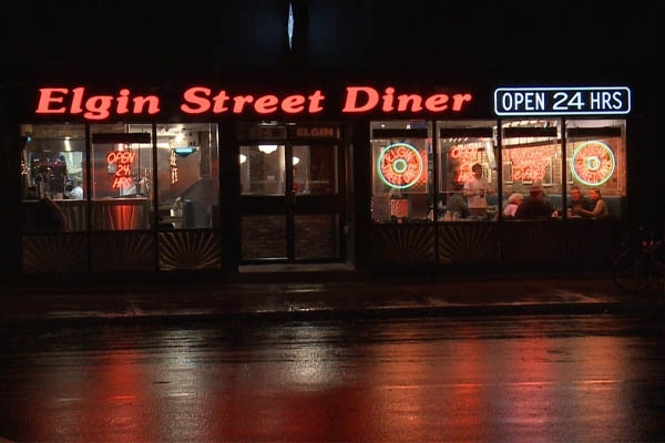 Where to Eat In Ottawa - Elgin Street Diner